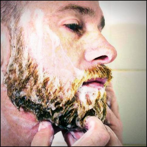 3. Un shampoing qui mousse