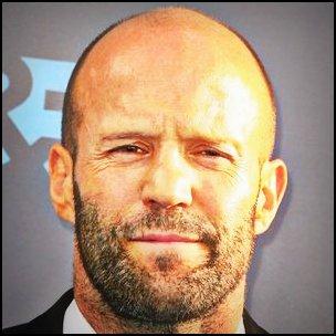 Jason STATHAM est le représentant du look barbe de 3 jours + crâne chauve