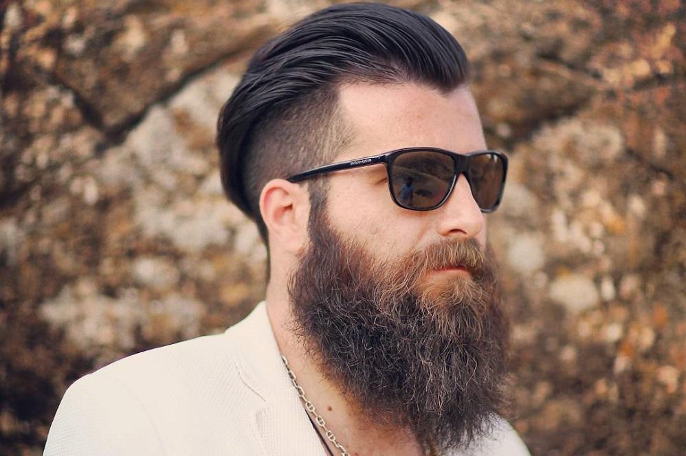 Comment se brosser la barbe ?
