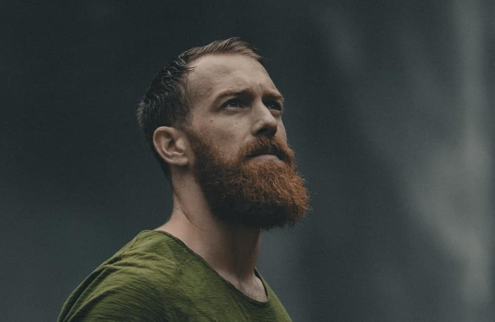 Comment utiliser l'huile de ricin pour la croissance de la barbe