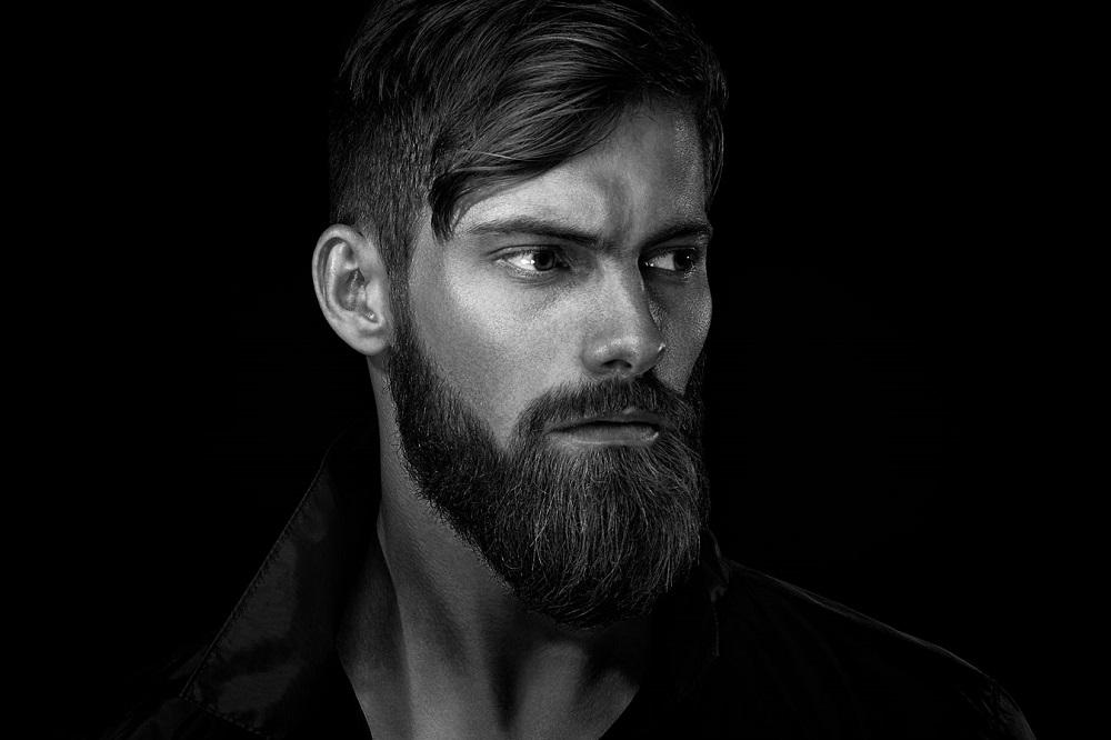 Qu'est-ce que l'huile à barbe ?